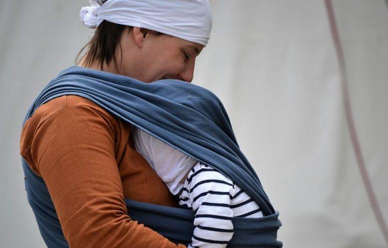 bardzo trwała chusta do noszenia dziecka